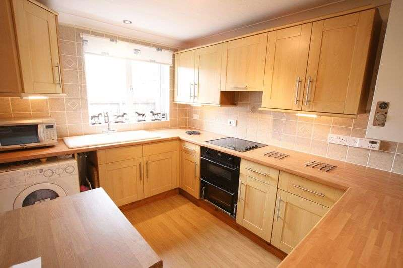 3 Bedrooms Property for sale in Lancaster Road, Fakenham