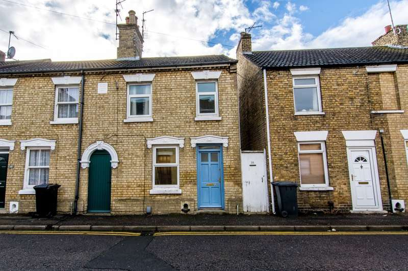3 Bedrooms Semi Detached House for sale in Whalley Street, Peterborough, Cambridgeshire, PE1