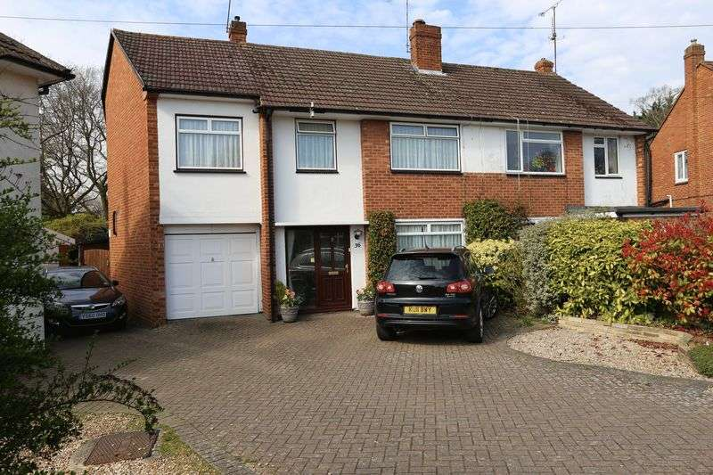 4 Bedrooms Semi Detached House for sale in Fawcett Crescent, Woodley