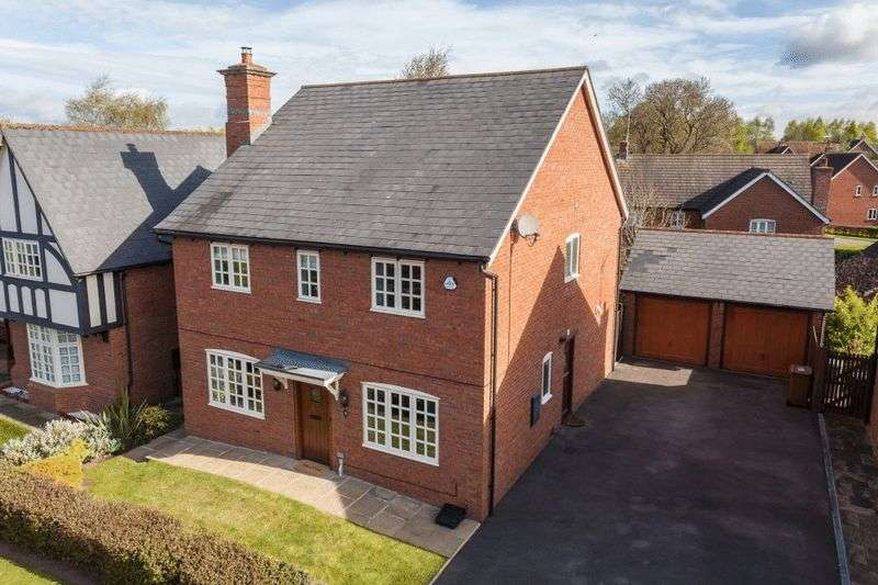 4 Bedrooms Detached House for sale in Chiltern Close, Wychwood Park, Weston, Nr Nantwich