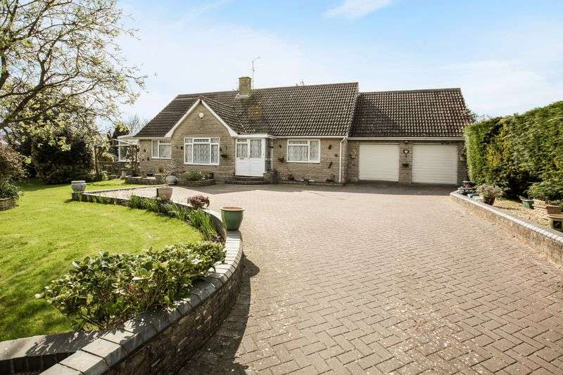 3 Bedrooms Property for sale in Braestones Lower New Road, Cheddar