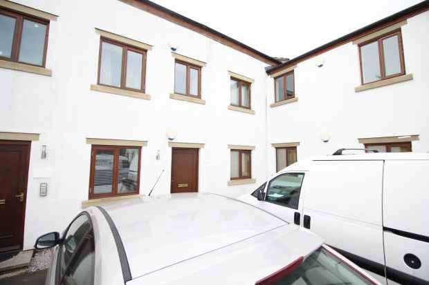 1 Bedroom Apartment Flat for sale in Dewsburry Road, Ossett, West Yorkshire, WF5 9QG