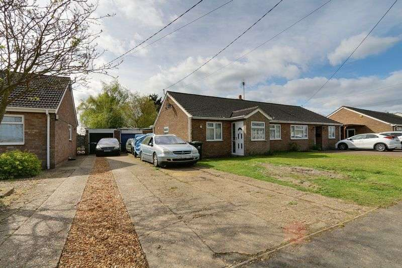 2 Bedrooms Semi Detached Bungalow for sale in New Road, Mepal