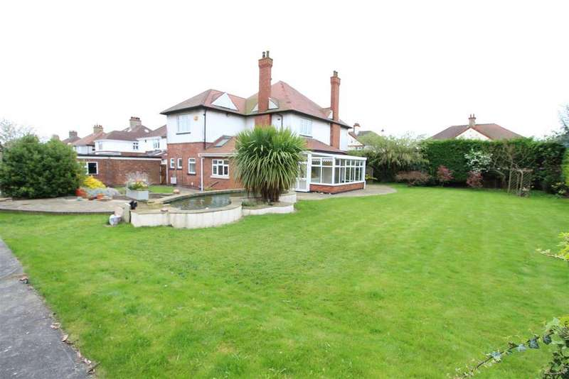 4 Bedrooms Detached House for sale in Badminton, 24 Signhills Avenue, Cleethorpes
