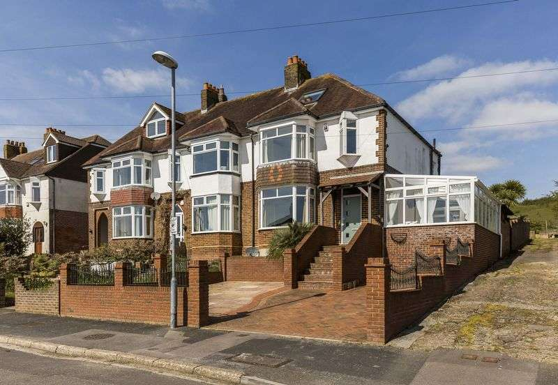 3 Bedrooms Terraced House for sale in Woodfield Avenue, Portsmouth