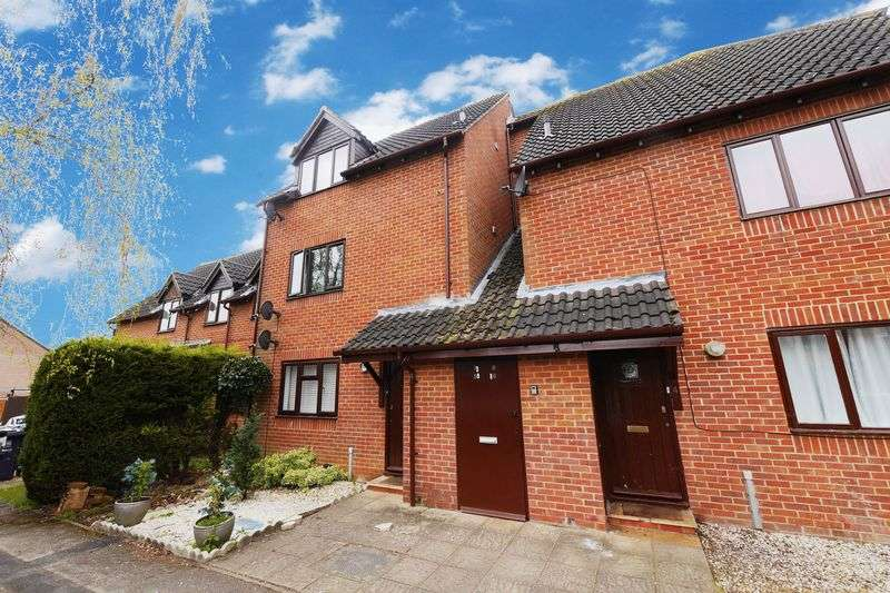 1 Bedroom Flat for sale in YEW CLOSE, OXFORD