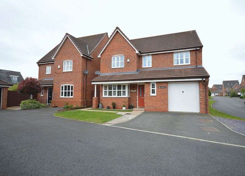4 Bedrooms Detached House for sale in Portrush Close, Widnes