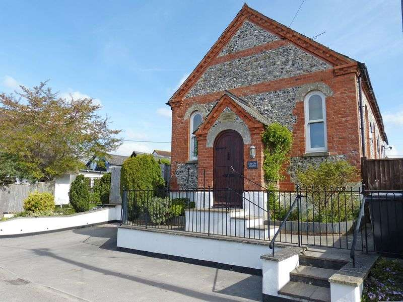 3 Bedrooms Detached House for sale in The Old Chapel, Figheldean