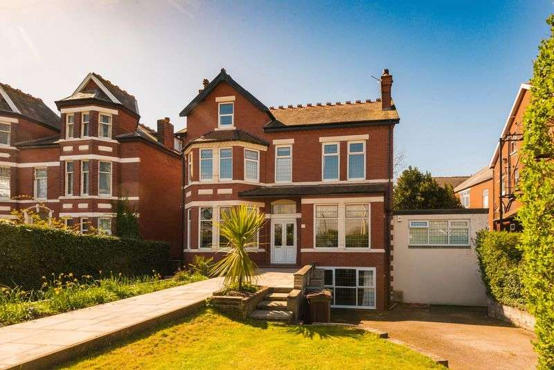 7 Bedrooms Detached House for sale in Promenade, Southport