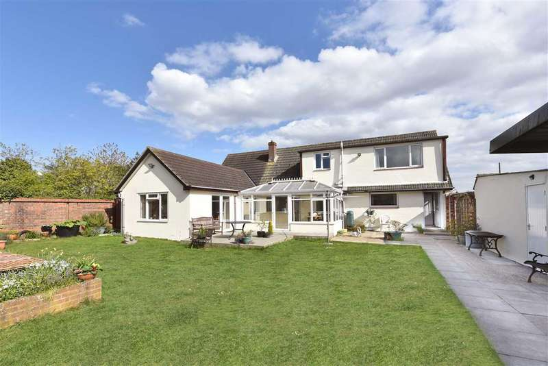 5 Bedrooms Bungalow for sale in LOCKS HEATH PARK ROAD, LOCKS HEATH