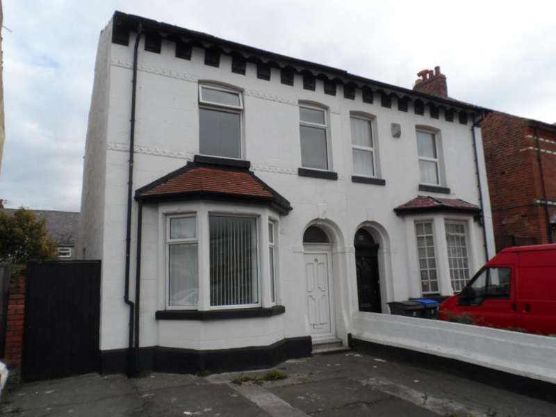 4 Bedrooms Property for sale in 15, Blackpool, FY3 8DS