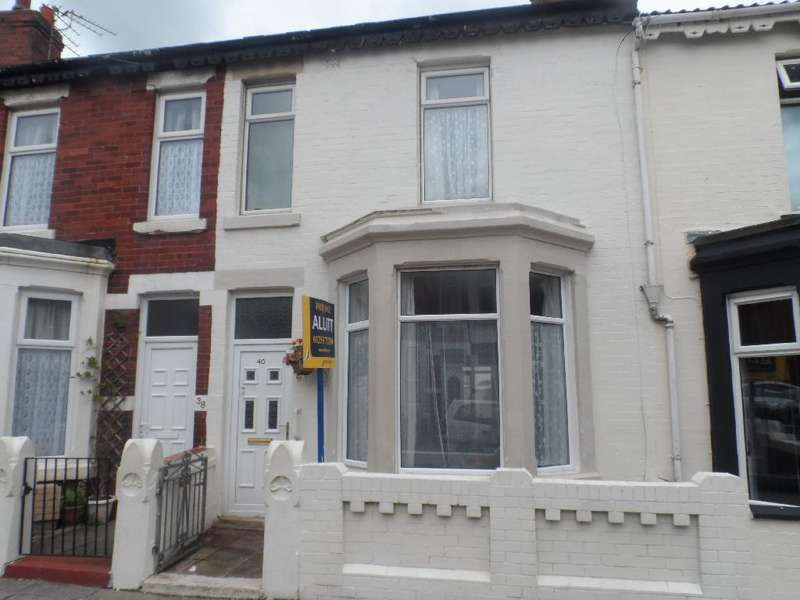 4 Bedrooms Property for sale in 40, Blackpool, FY1 4BU
