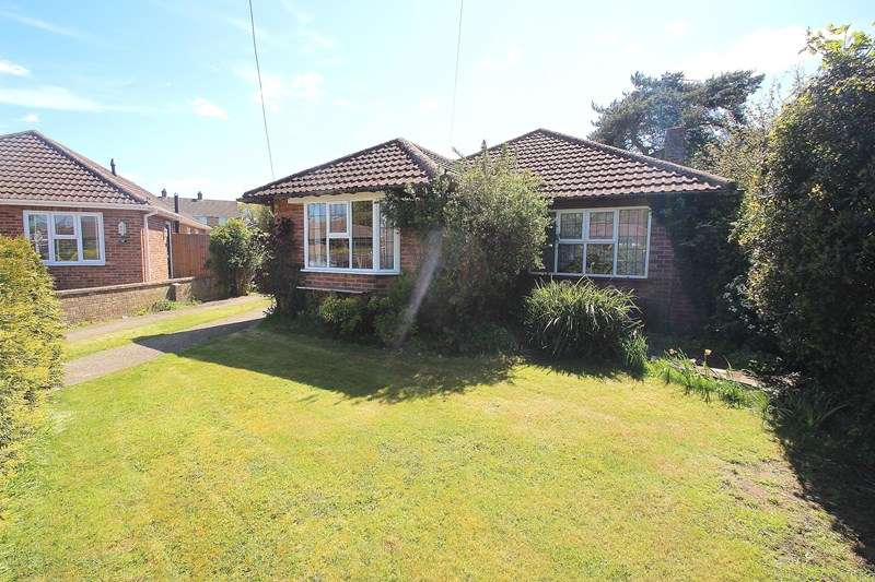 3 Bedrooms Detached Bungalow for sale in Friars Pond Road, Fareham