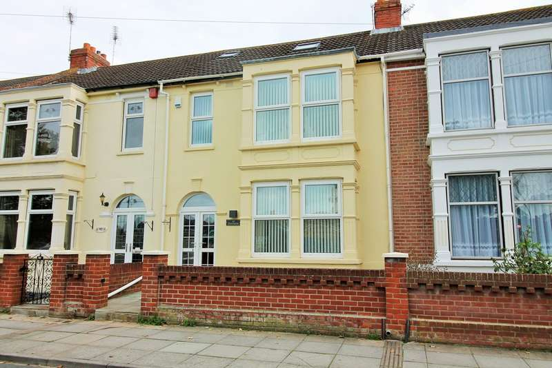 4 Bedrooms Terraced House for sale in Copnor, Hampshire