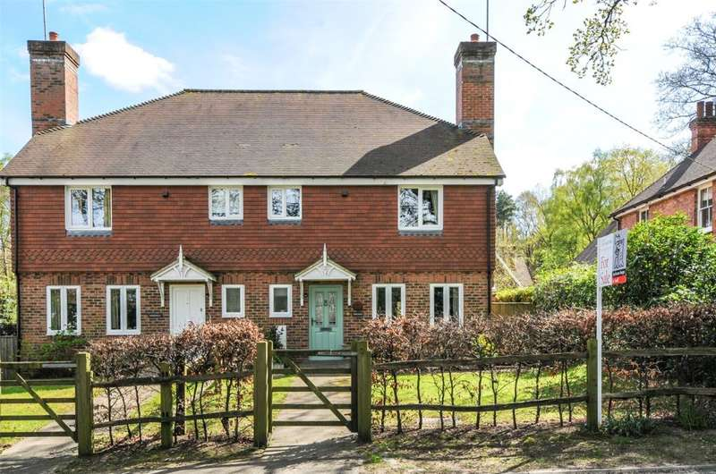 4 Bedrooms Semi Detached House for sale in Knapweld Chase, Thakeham Road, Storrington, West Sussex, RH20