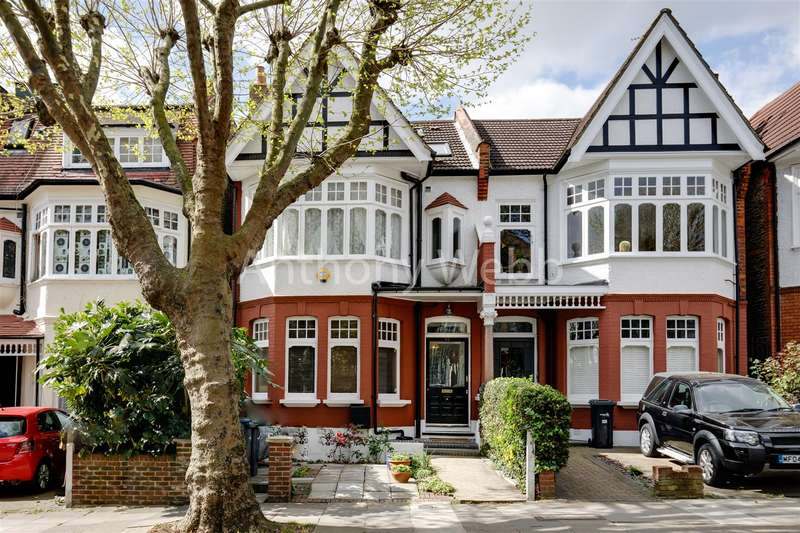 5 Bedrooms House for sale in Fox Lane, Palmers Green, London N13