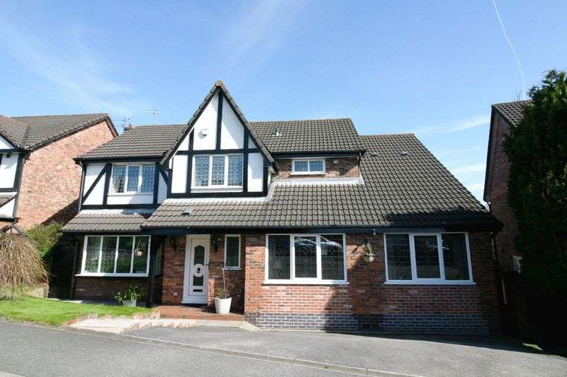 4 Bedrooms Detached House for sale in Falconwood Chase, Worsley Manchester