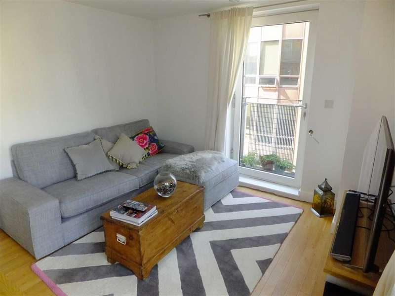 2 Bedrooms Flat for rent in W3, 51 Whitworth Street West, Southern Gateway