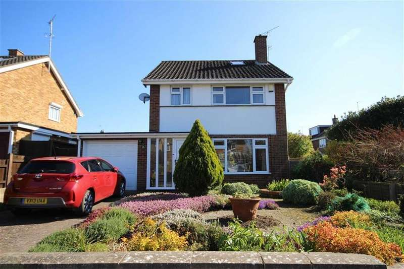 3 Bedrooms Detached House for sale in Allenfield Road, Leckhampton, Cheltenham, GL53