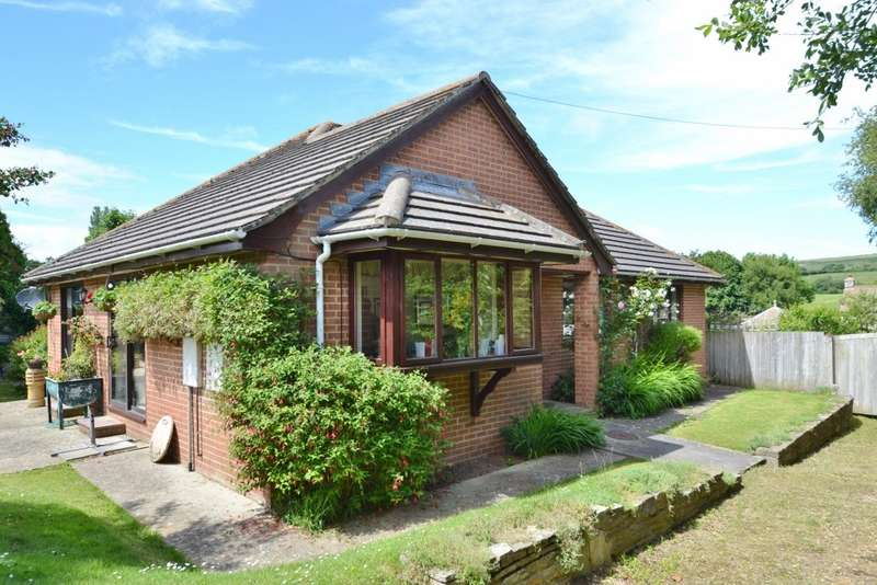 3 Bedrooms Bungalow for sale in Harmans Cross