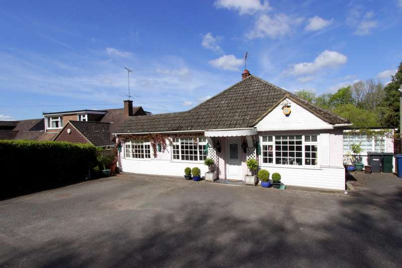 3 Bedrooms Detached Bungalow for sale in Upper Haik, Hammersley Lane, HP13
