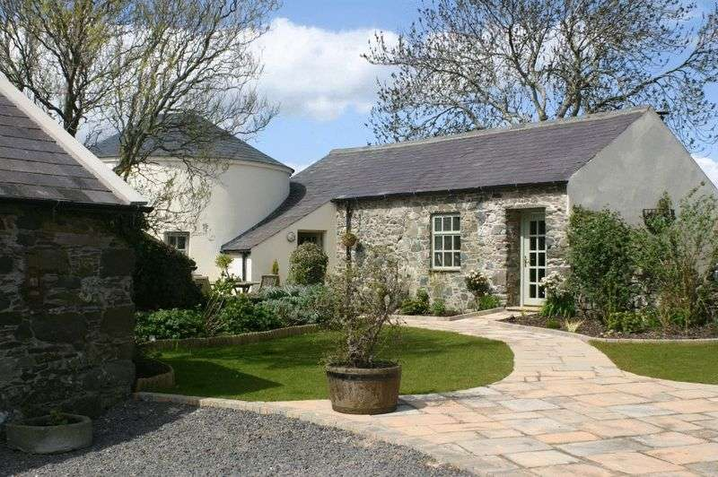 5 Bedrooms Detached House for sale in Kilmourne, 16 Killyleagh Road, Killinchy, BT23 6TD