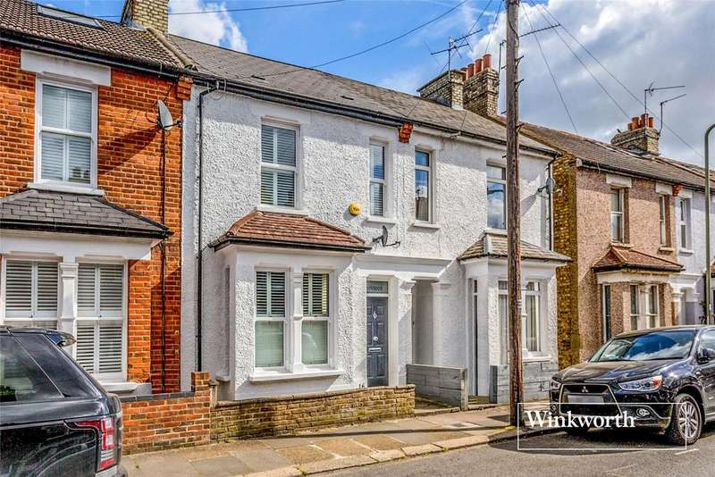 2 Bedrooms Terraced House for sale in The Drive, High Barnet, Herts, EN5