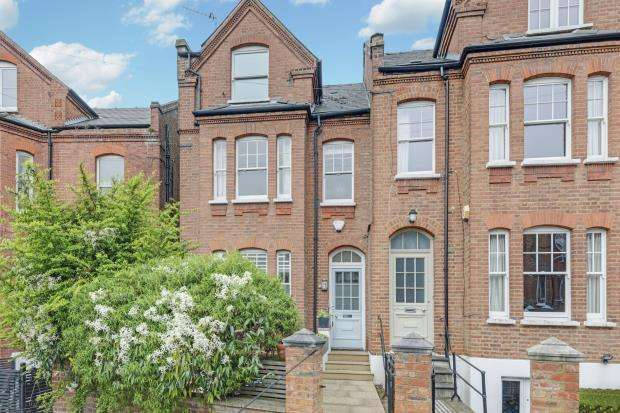 7 Bedrooms End Of Terrace House for sale in Bramshill Gardens, Dartmouth Park, London, NW5