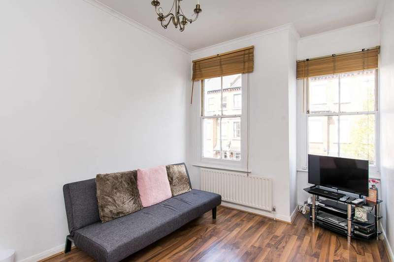 2 Bedrooms Flat for sale in Heyford Avenue, Vauxhall, SW8