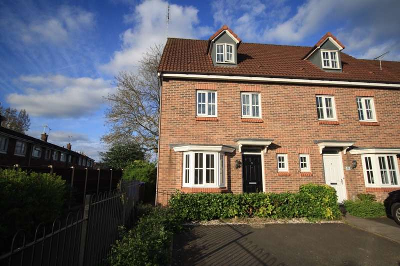 4 Bedrooms Semi Detached House for sale in St Matthews street, Burton on trent, Staffordshire, DE14
