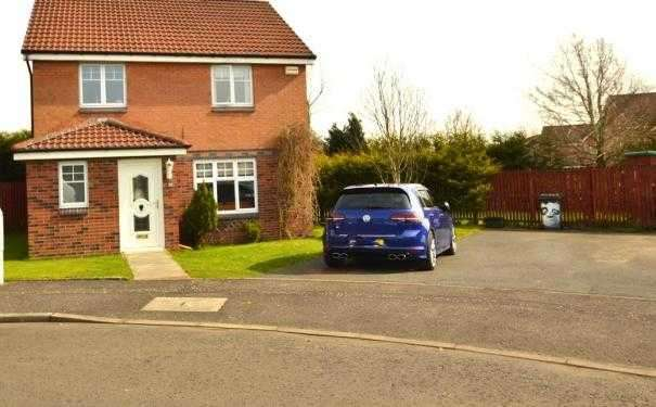 4 Bedrooms Property for sale in Alexander Maclaren Gardens, Kilmarnock