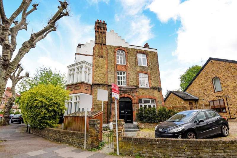 2 Bedrooms Flat for sale in St. Margarets Road, Brockley, SE4