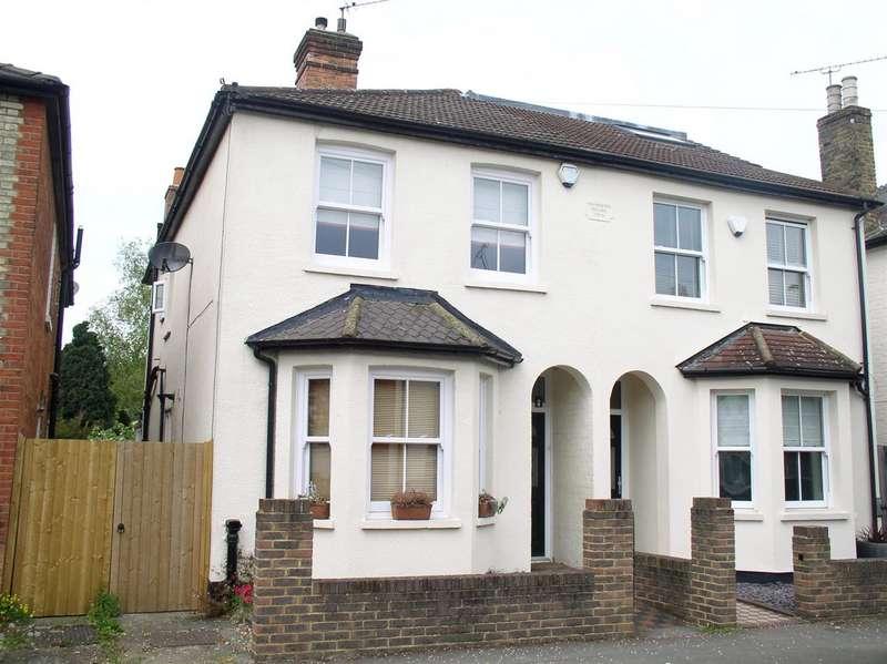 3 Bedrooms House for sale in Elmgrove Road, Weybridge