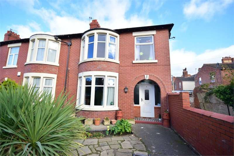 3 Bedrooms Semi Detached House for sale in Carlton Road, Lytham St Annes, FY8