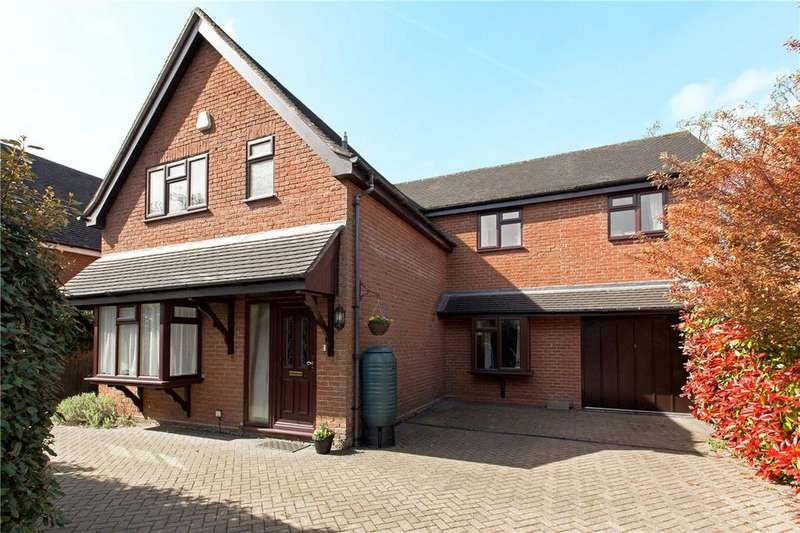 5 Bedrooms Detached House for sale in Cold Ash Hill, Cold Ash, Thatcham, Berkshire, RG18