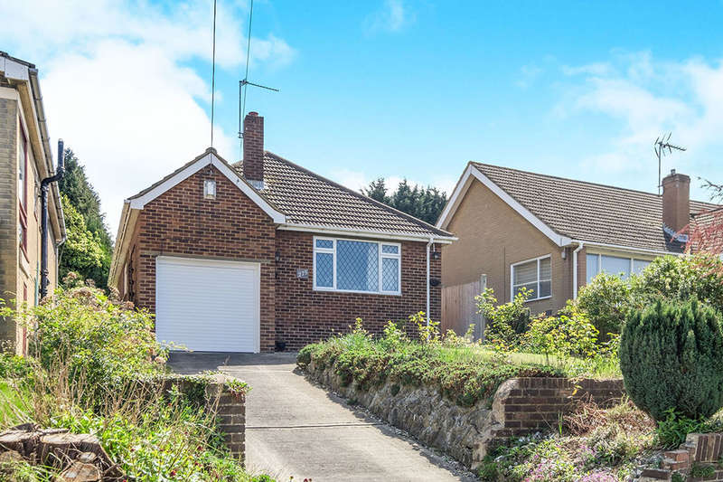 2 Bedrooms Detached Bungalow for sale in Lords Wood Lane, Chatham, ME5
