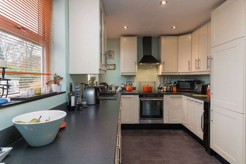 4 Bedrooms House for sale in Vallis Road, Frome