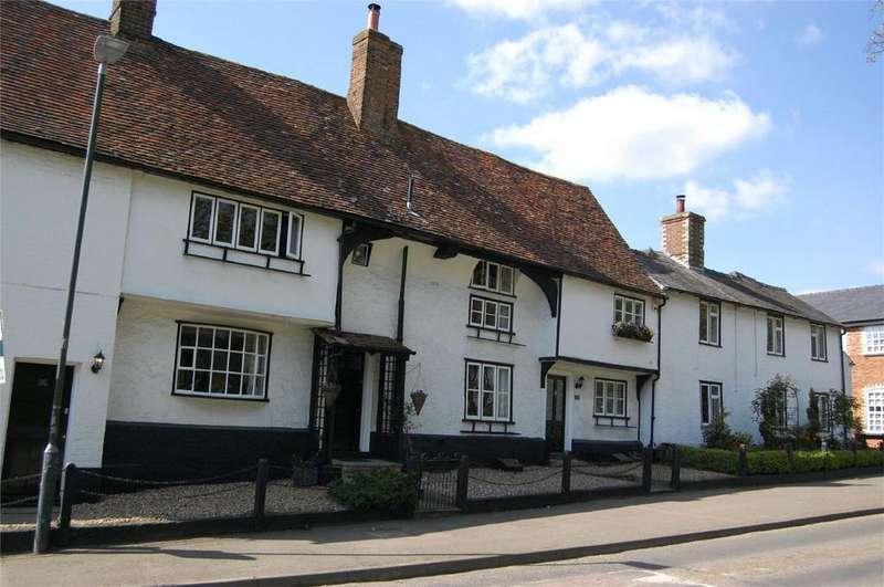 2 Bedrooms Terraced House for sale in 36 High Street, Walkern, Hertfordshire