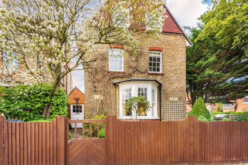 4 Bedrooms Detached House for rent in Woodstock Road, Chiswick, London, W4