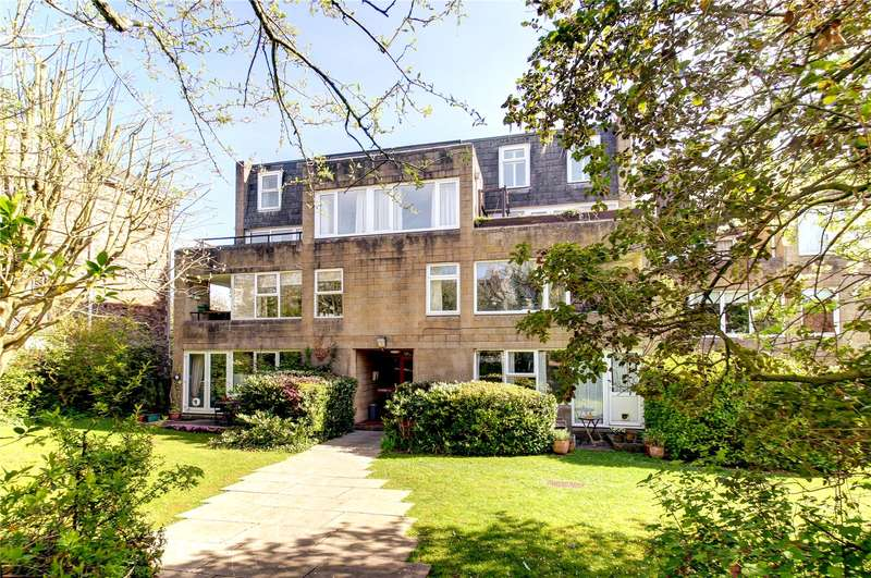 2 Bedrooms Flat for sale in Clifton Wood Court, Clifton Wood Road, Bristol, BS8