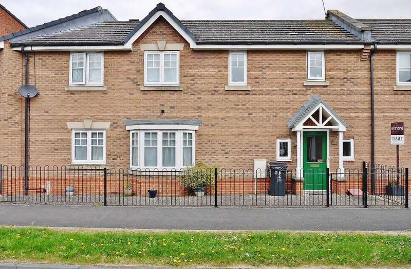 3 Bedrooms Terraced House for sale in Queen Elizabeth Drive, Taw Hill, North Swindon, Wiltshire, SN25 1WR