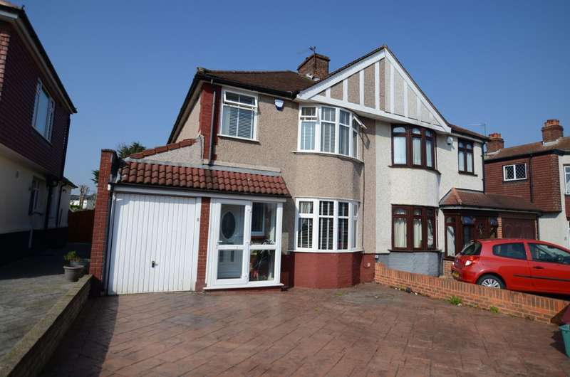 3 Bedrooms Detached House for sale in Abbeyhill Road Sidcup
