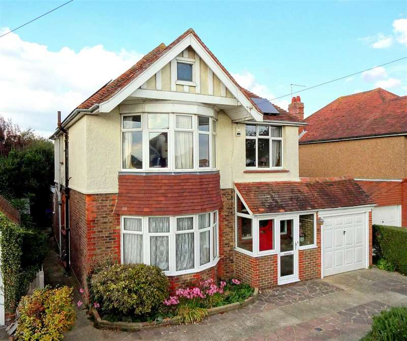 5 Bedrooms Detached House for sale in St Lawrence Avenue