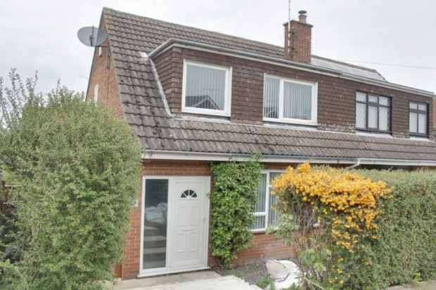 3 Bedrooms Semi Detached House for sale in Newton Leys, Burton-On-Trent, Staffordshire, DE15 0DW