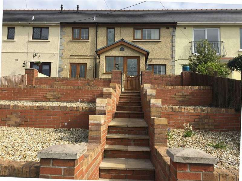 3 Bedrooms Terraced House for sale in Bron Gwendraeth, Pontyates, Llanelli