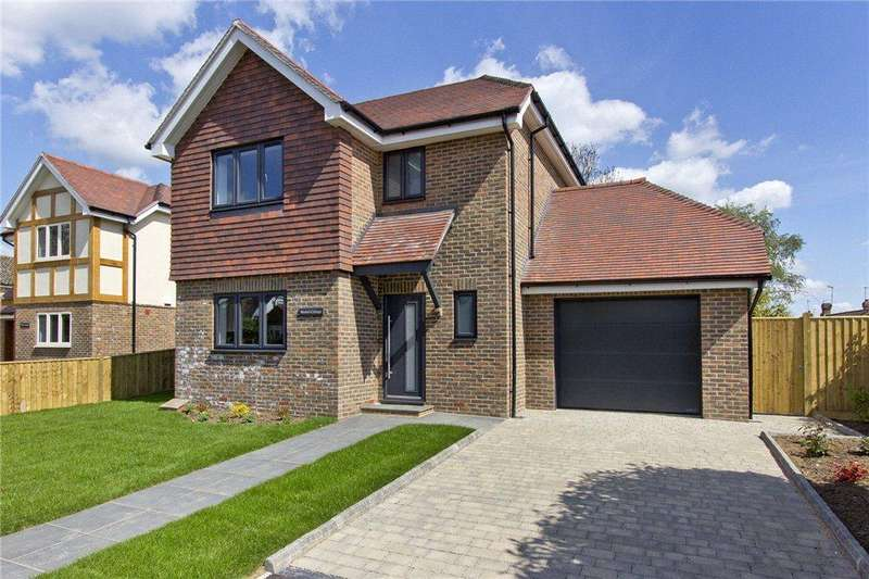 3 Bedrooms Detached House for sale in Manor Cottage, Crouch House Road, Edenbridge, Kent