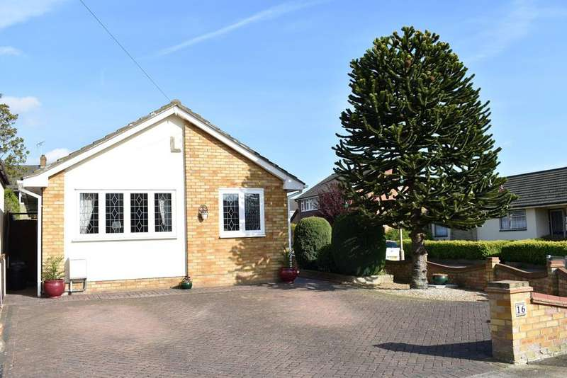 3 Bedrooms Detached Bungalow for sale in Benfleet