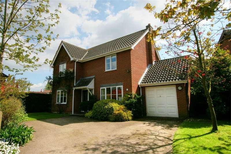 4 Bedrooms Detached House for sale in Long Street, NR17 1LL, Great Ellingham