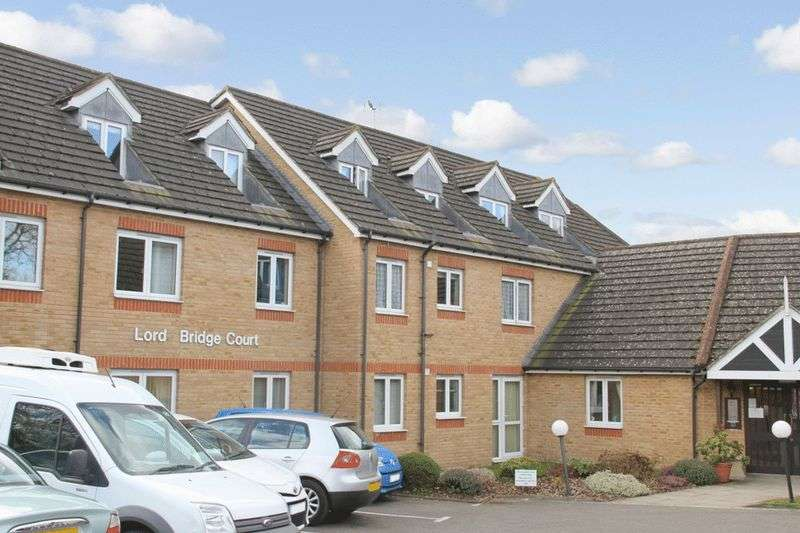 1 Bedroom Retirement Property for sale in Lords Bridge Court, Shepperton, TW17 9HE