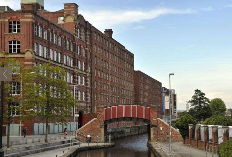 2 Bedrooms Flat for sale in Cotton Street, Manchester